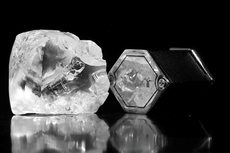 357-carat white diamond sold for $19.3 million