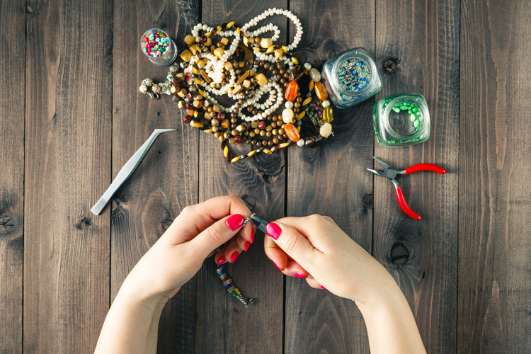 Jewelry making tools: get everything you need to get started