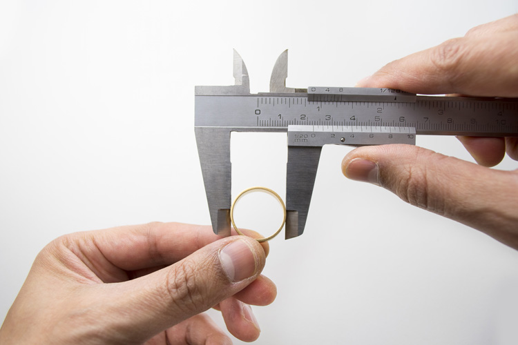 Ring measurement: discover your ring size